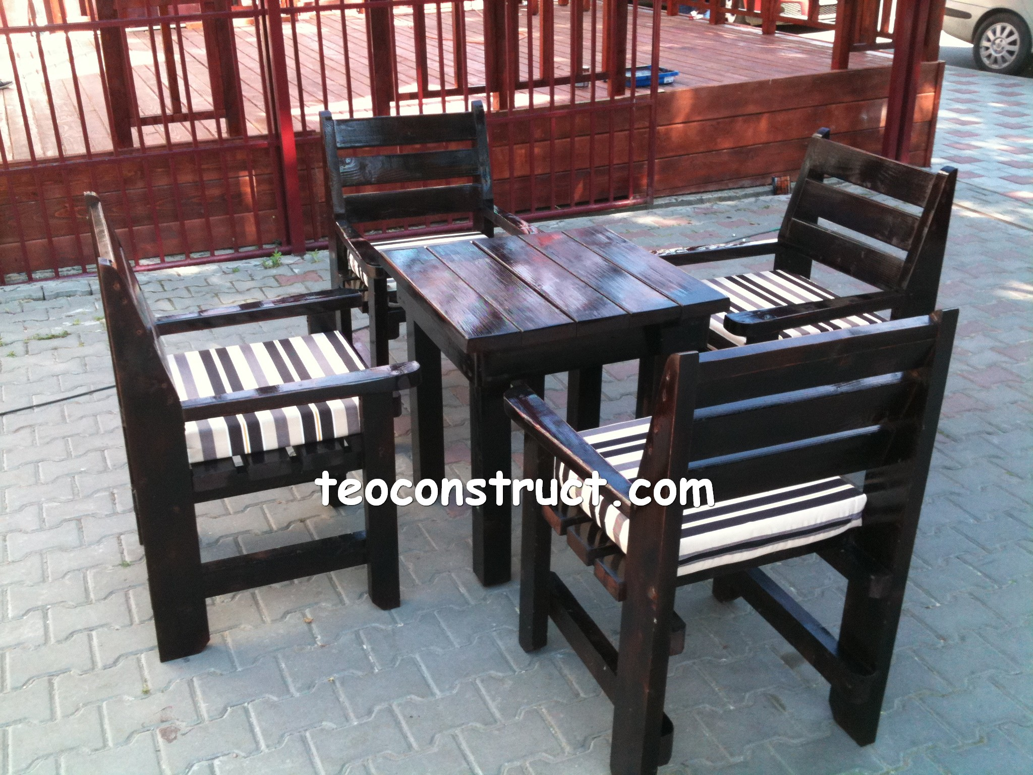 scaune din lemn pentru terasa 04