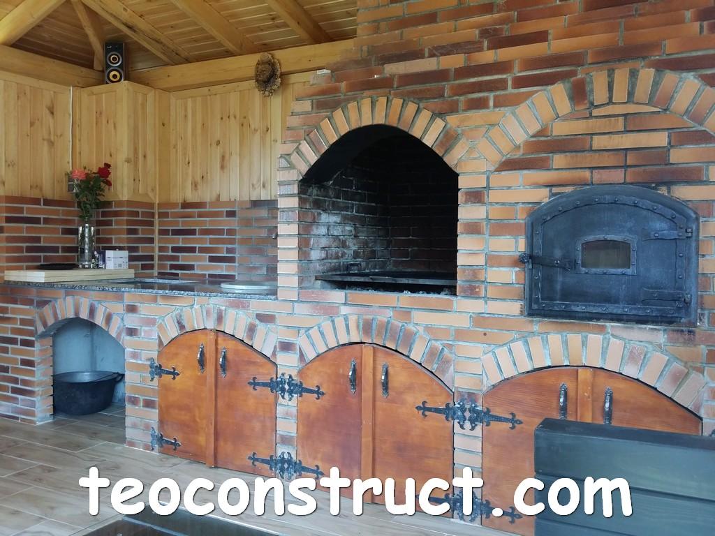 Gratare de curte cu cuptor 13 foisoare din lemn garduri for Gratare de gradina