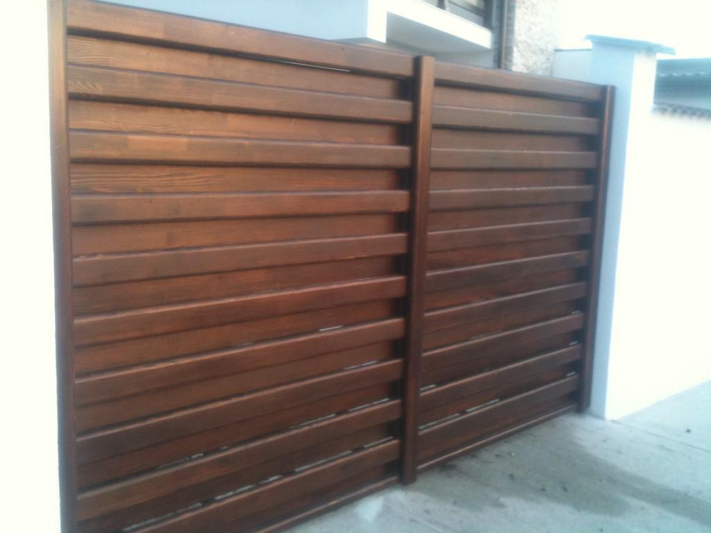 porti din lemn