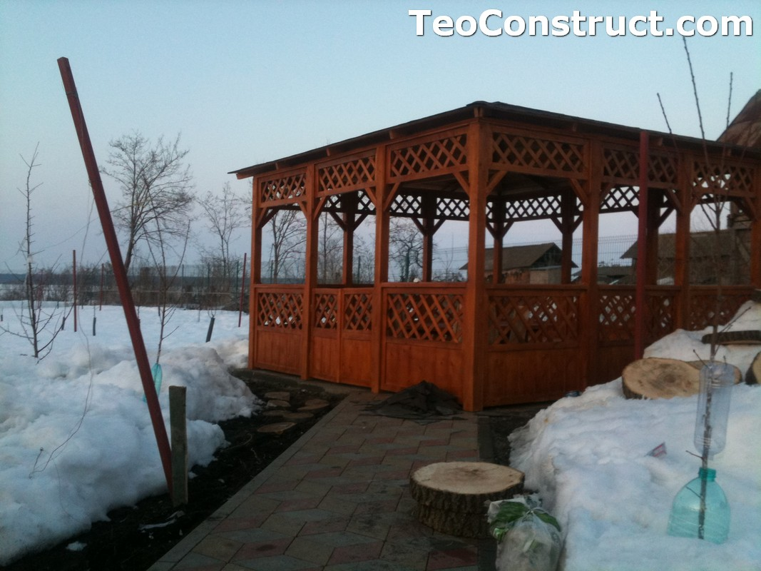 Foisor acoperit cu sindrila bituminoasa din lemn Timisoara2