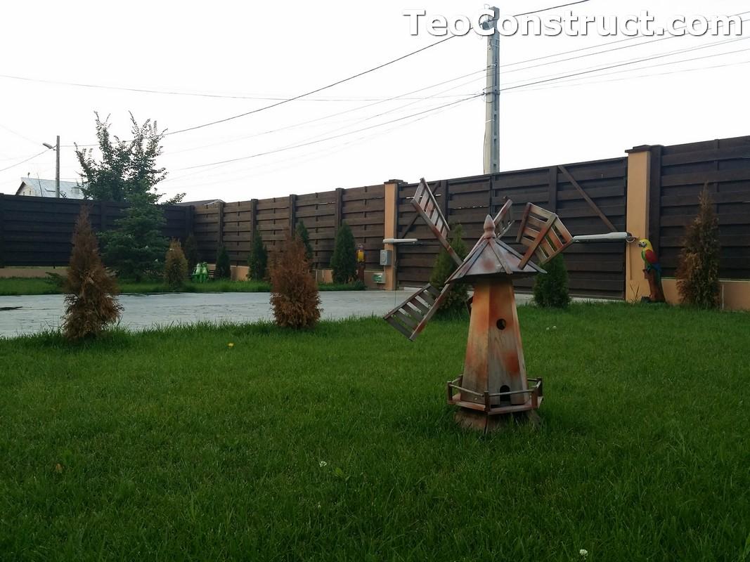 Garduri din lemn cu lamele orizontale6