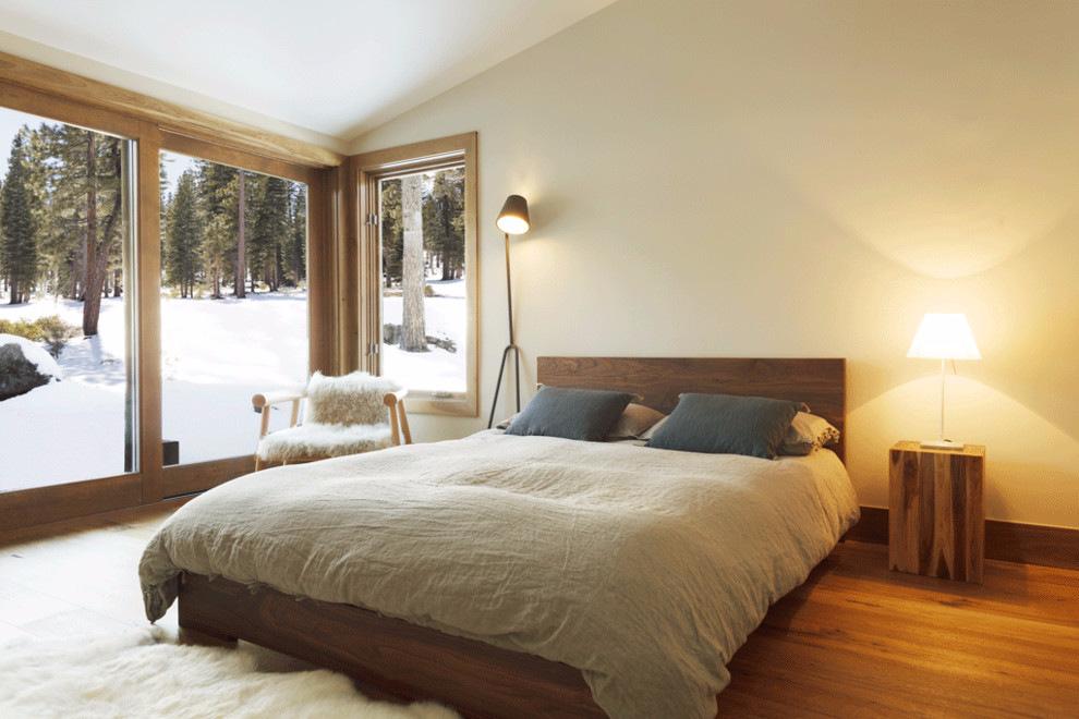 dormitor minimalist in casa de vacanta