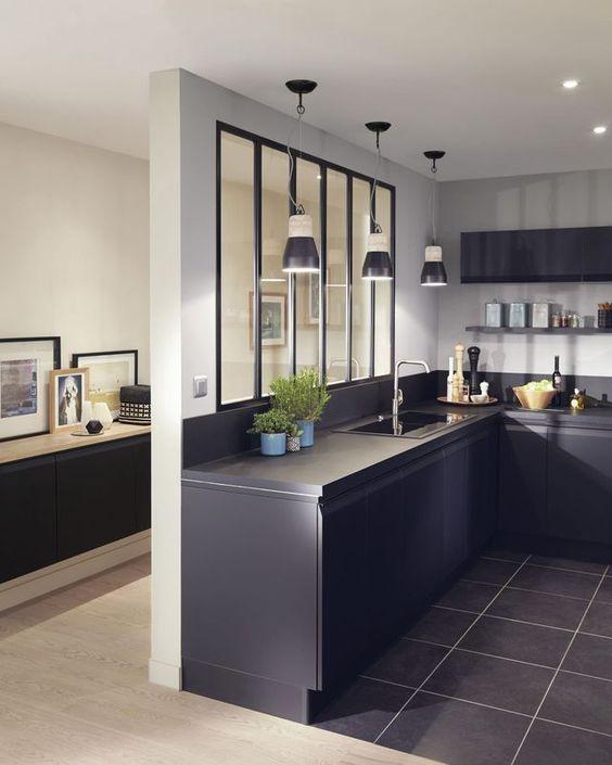 Bucatarie cu stil intr-o casa bine definita