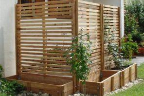 Jardiniere cu gardulet decorativ