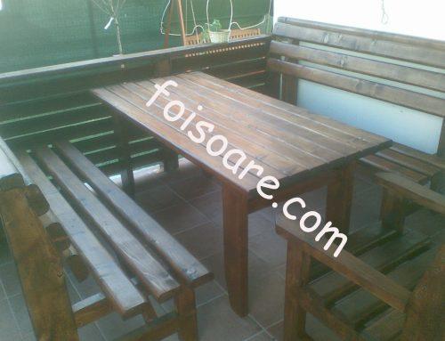 Masa si bancute din lemn pentru terasa