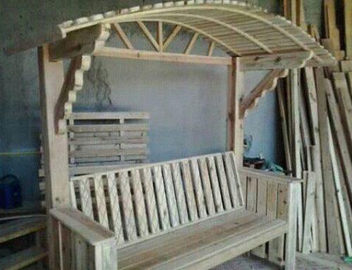 Bancuta din lemn, cu umbrar