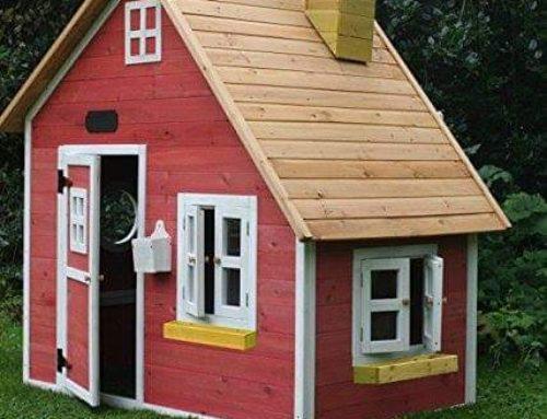 Casute din lemn, cu usa si ferestre